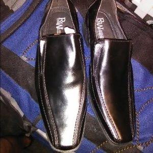 Robert Wayne black dress shoes